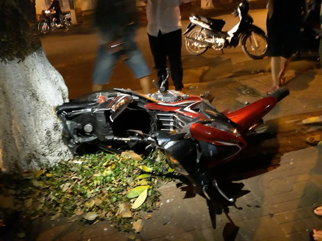 Ô tô mất lái, lấn làn gây tai nạn khiến em bé 5 tuổi tử vong thương tâm  - Ảnh 5.