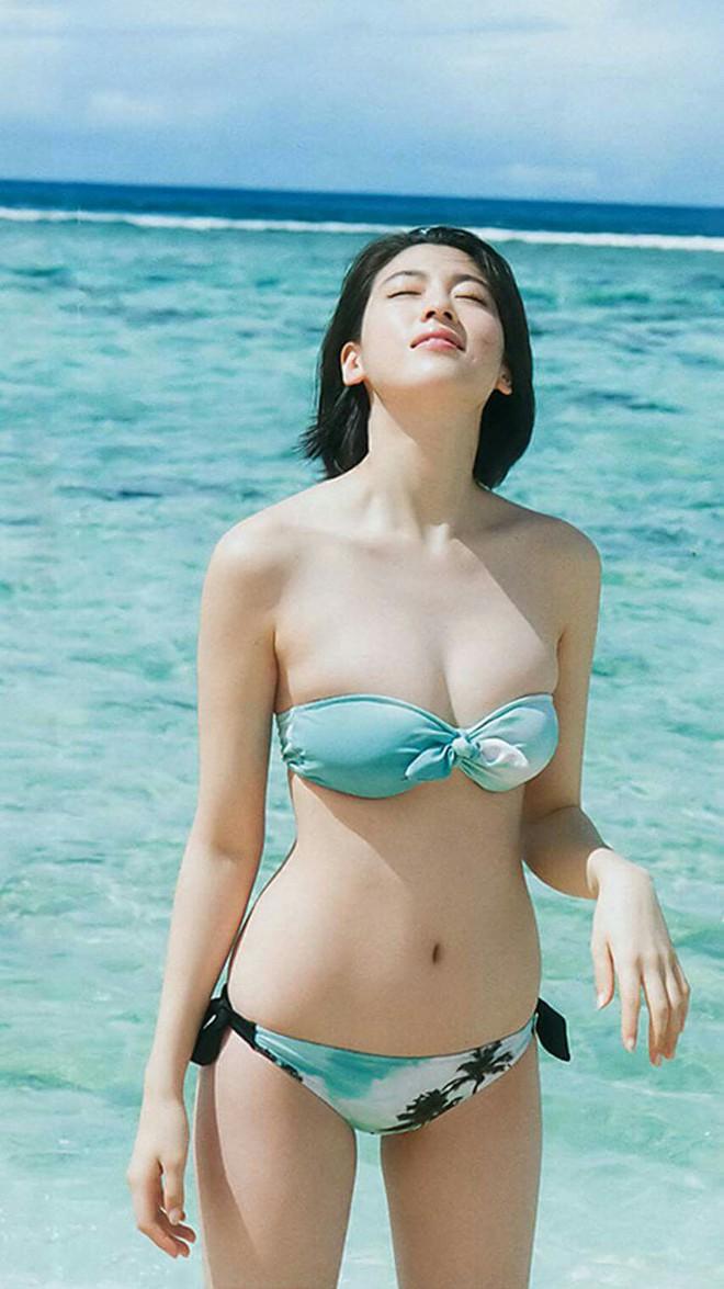 Mỹ nữ Nhật trên tạp chí Playboy: Thân hình nóng bỏng, gương mặt ngây thơ - Ảnh 5.