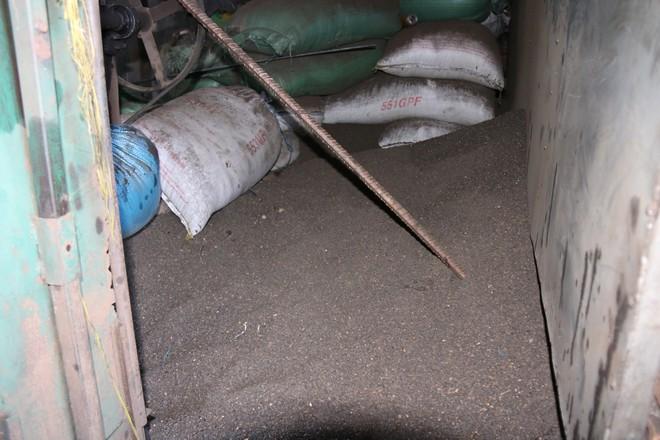Cận cảnh bên trong cơ sở chế biến cà phê từ bột đá và pin Con Ó - Ảnh 7.