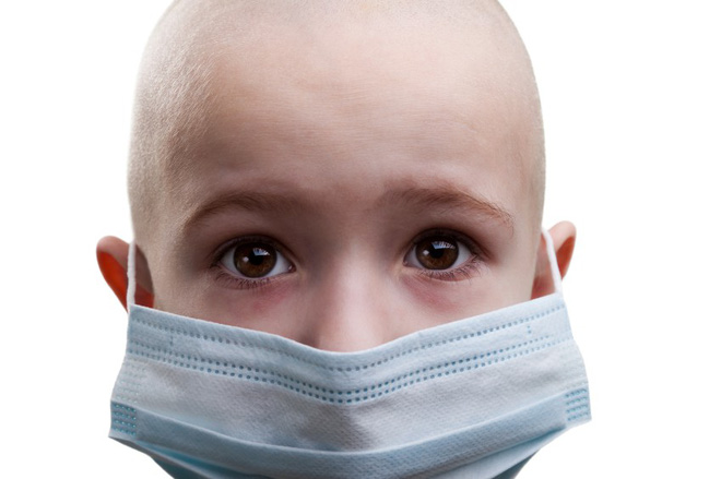 Ung thư máu hay gặp ở trẻ em nhất: Cơ hội sống đến 85% nếu bố mẹ nhận ra các dấu hiệu sớm - Ảnh 2.
