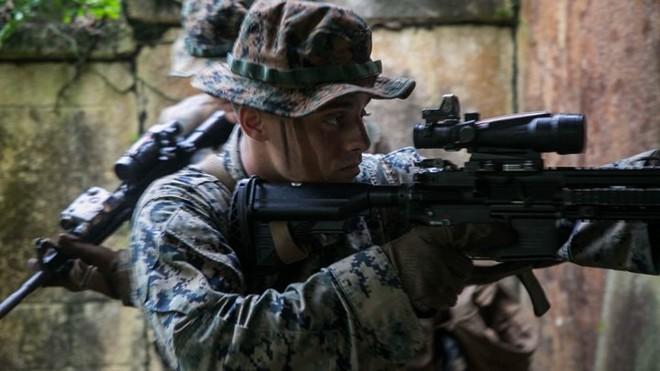 Ảnh: Thủy quân lục chiến Mỹ huấn luyện sử dụng thành thạo súng đạn - ảnh 5
