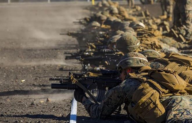 Ảnh: Thủy quân lục chiến Mỹ huấn luyện sử dụng thành thạo súng đạn - ảnh 9