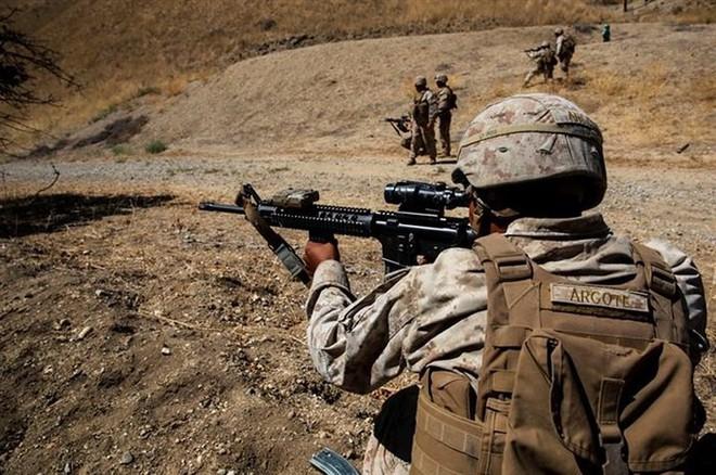 Ảnh: Thủy quân lục chiến Mỹ huấn luyện sử dụng thành thạo súng đạn - ảnh 12