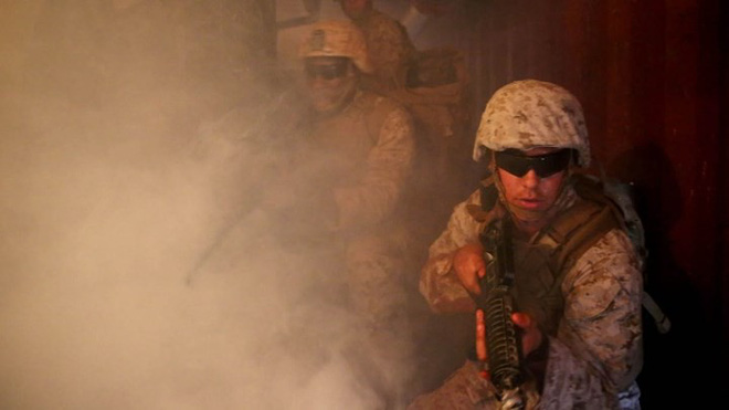 Ảnh: Thủy quân lục chiến Mỹ huấn luyện sử dụng thành thạo súng đạn - ảnh 15