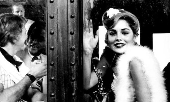 Nhan sắc thanh xuân rực lửa của mỹ nhân Bản năng gốc Sharon Stone - Ảnh 7.
