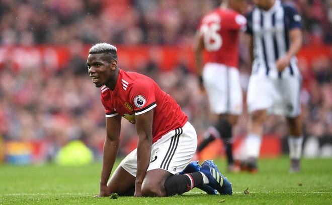 Cáu tiết vì trận thua trước West Brom, Mourinho sẽ bán cả Pogba lẫn David de Gea?