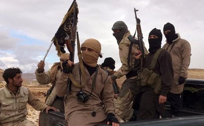 Syria lơ là, nhóm khủng bố mới cắm cờ thế chân IS