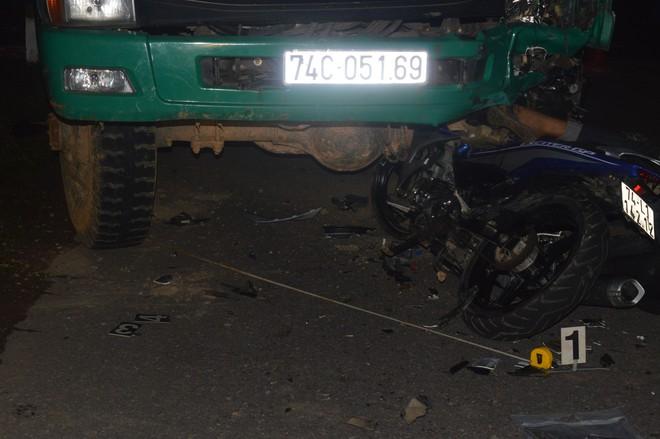 Cận cảnh hiện trường vụ tai nạn khiến 4 học sinh tử vong thương tâm - Ảnh 2.