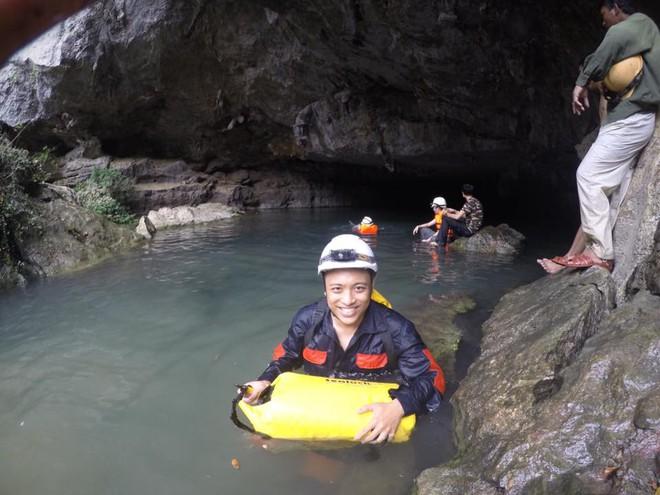 Hành trình khám phá hang Cống Nước sâu nhất VN: Tôi gãy xương đùi, vỡ đốt sống ngực... - Ảnh 10.