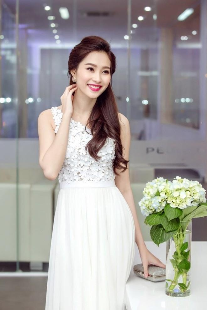 Những Hoa hậu, Á hậu Việt gặp rắc rối về học vấn sau khi đăng quang - Ảnh 3.