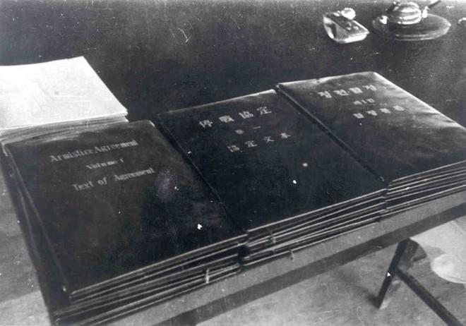 Lễ ký Hiệp định đình chiến Triều Tiên 1953: Căng thẳng tột độ, nghe rõ tiếng pháo vọng lại từ xa - Ảnh 4.