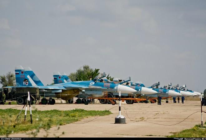 Con số đáng sợ: Mật độ vũ khí Nga tăng vọt ở Crimea - NATO lo ngại, Ukraine không yên! - Ảnh 1.