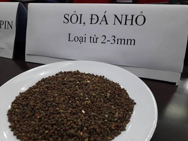 Công an Đắk Nông: Phế phẩm cà phê nhuộm pin con Ó được bán với giá 9.000 đồng/kg - Ảnh 4.