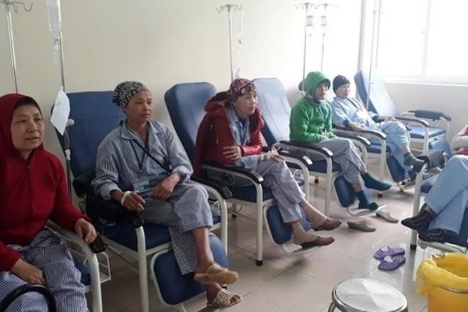 PGĐ Bệnh viện K nêu 9 dấu hiệu của các loại ung thư, nếu có nên đi khám càng sớm càng tốt - Ảnh 2.