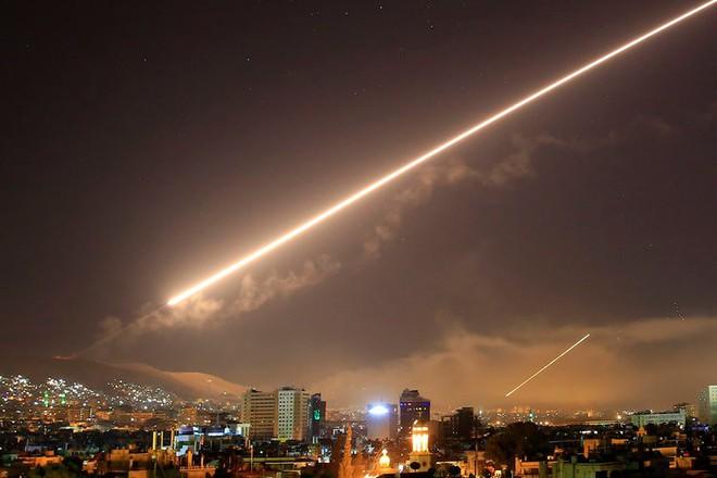 Business Insider: Tuyên bố Syria tóm sống tên lửa Tomahawk, Nga đang cố làm Mỹ bẽ mặt - Ảnh 2.