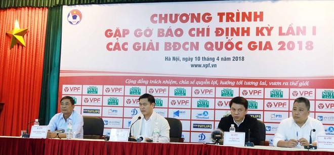 Bầu Tú viết tâm thư sau khi rút khỏi cuộc đua ghế Phó Chủ tịch VFF - Ảnh 2.