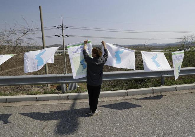 Thượng đỉnh liên Triều: Chờ mong hòa bình dài lâu hay chiến tranh khốc liệt trên Bán đảo Triều Tiên? - Ảnh 2.