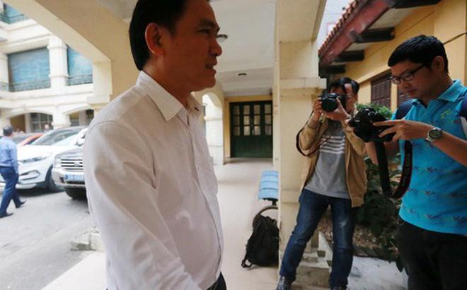 Bầu Tú rút khỏi cuộc đua phó chủ tịch tài chính VFF