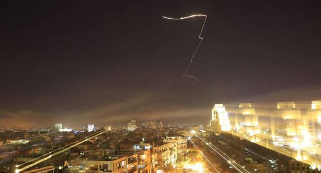 Tên lửa liên quân bắn trúng 100\% mục tiêu ở Syria, chuyên gia Mỹ chỉ thẳng: Họ đã nói dối! 2