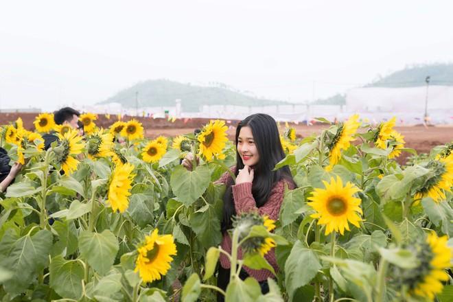 Hot girl bán bánh ướt ở Nghệ An khiến dân mạng rần rần truy tìm: Hóa ra là người quen! - Ảnh 3.