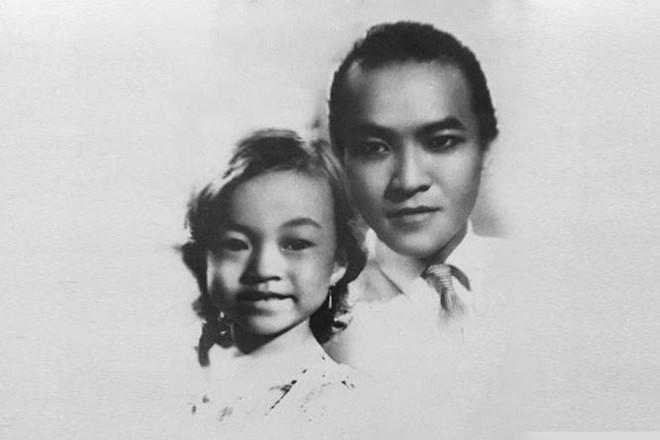 Ảnh hiếm của ca sĩ Hương Lan với cố minh tinh bạc mệnh Thanh Nga - Ảnh 2.