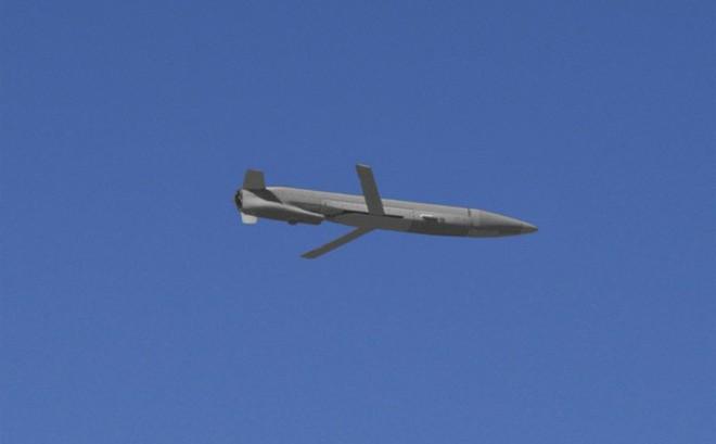 """Tên lửa hành trình """"đẹp, thông minh"""" của Mỹ bị Syria tóm sống chỉ là đạn... giả?"""