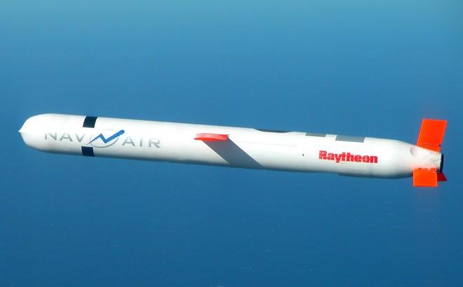 """Syria """"tóm sống"""" tên lửa Tomahawk giao cho Nga, Mỹ giãy nảy không tin"""
