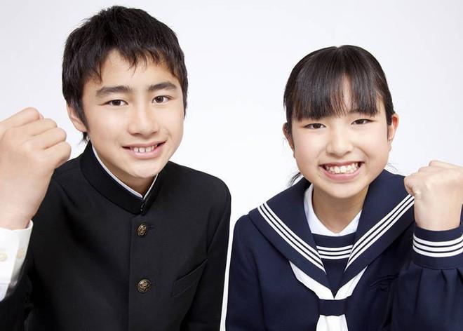 """Đồng phục nữ sinh Nhật Bản: áo thủy thủ, phong cách """"đại tỷ"""" và biểu tượng văn hóa xứ anh đào đã ra đời như thế nào? - Ảnh 7."""