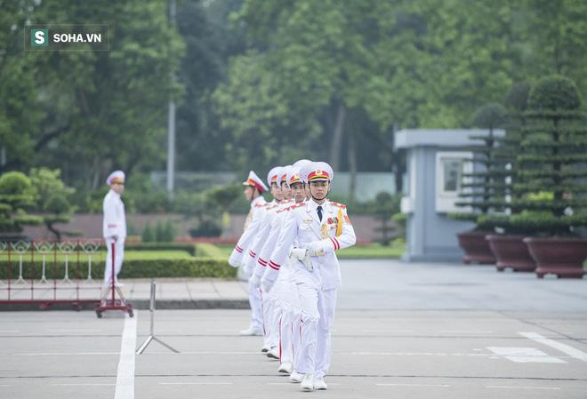 Xúc động lễ thượng cờ tại Quảng trường Ba Đình nhân ngày 30/4 3