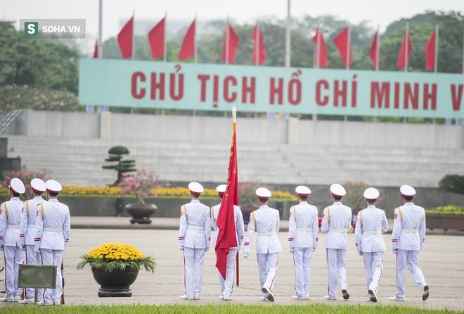 Xúc động lễ thượng cờ tại Quảng trường Ba Đình nhân ngày 30/4 11