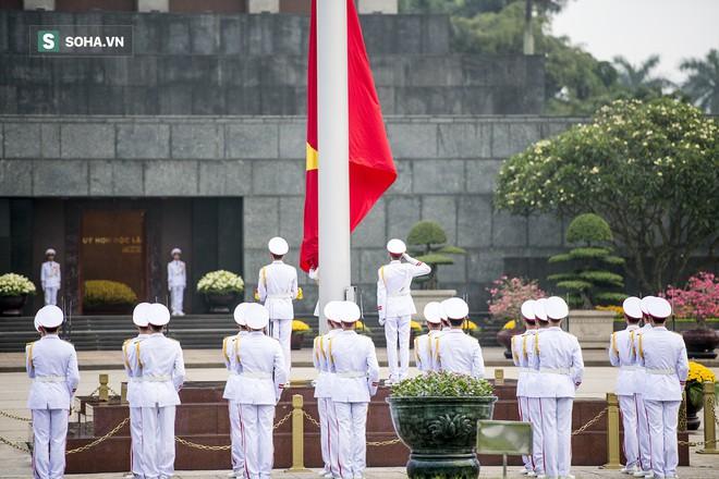 Xúc động lễ thượng cờ tại Quảng trường Ba Đình nhân ngày 30/4 14