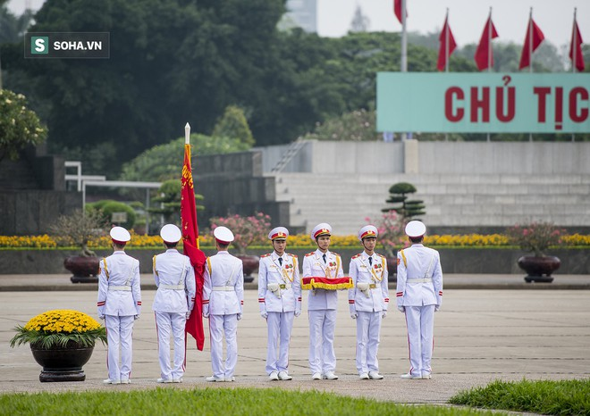 Xúc động lễ thượng cờ tại Quảng trường Ba Đình nhân ngày 30/4 20