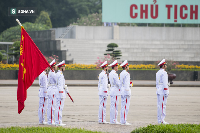 Xúc động lễ thượng cờ tại Quảng trường Ba Đình nhân ngày 30/4 22