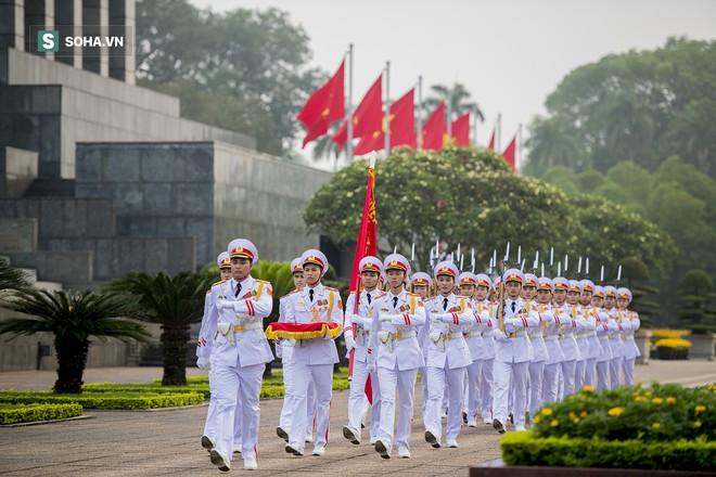 Xúc động lễ thượng cờ tại Quảng trường Ba Đình nhân ngày 30/4 23