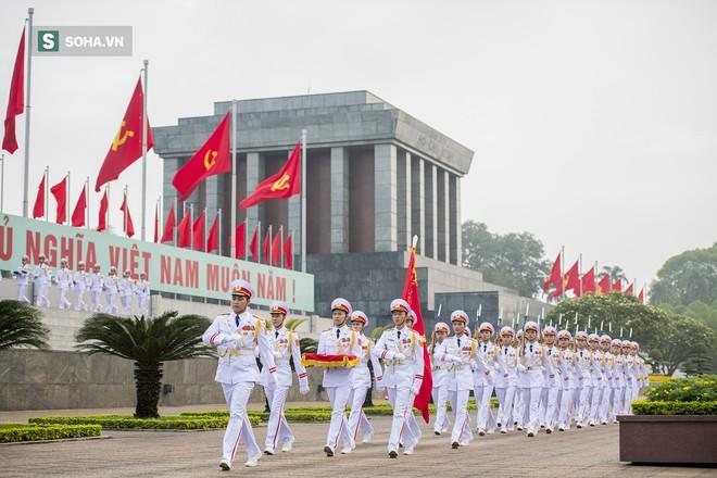 Xúc động lễ thượng cờ tại Quảng trường Ba Đình nhân ngày 30/4 24