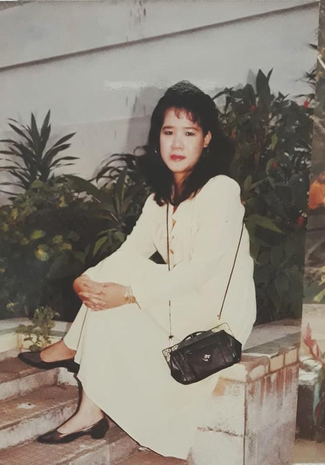 Phong cách thời trang của người phụ nữ Việt 20 năm trước khiến dân mạng trầm trồ - Ảnh 3.