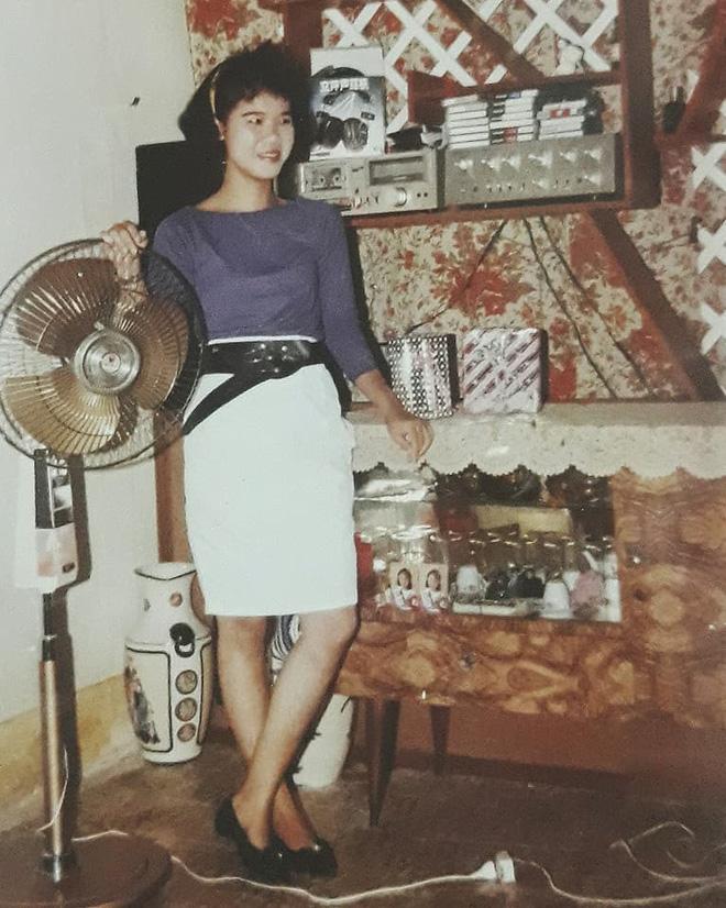Phong cách thời trang của người phụ nữ Việt 20 năm trước khiến dân mạng trầm trồ - Ảnh 1.