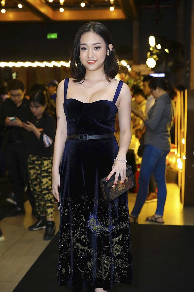 Hoài Lâm đi trễ 2 tiếng, hot girl Thúy Vi chạm mặt tình mới Phan Thành - Ảnh 9.