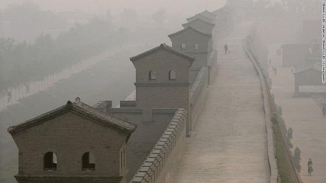 Bí ẩn công trình kiến trúc gần 3.000 năm tuổi, lâu đời hơn cả Vạn Lý Trường Thành ở Trung Quốc - Ảnh 3.