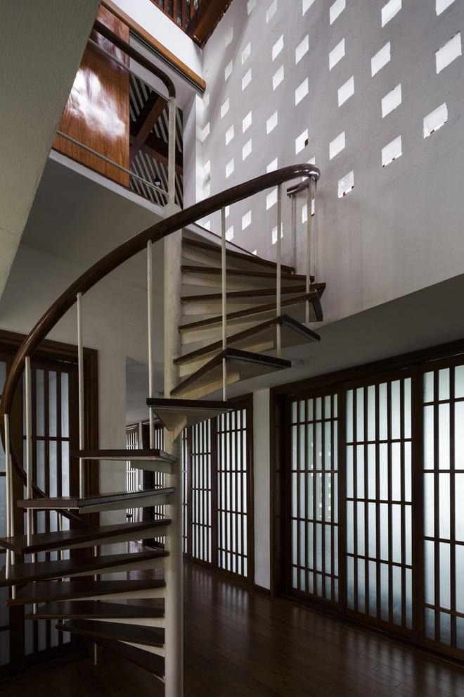 Độc đáo ngôi nhà với nhiều cửa của người Việt trên báo Mỹ - Ảnh 14.