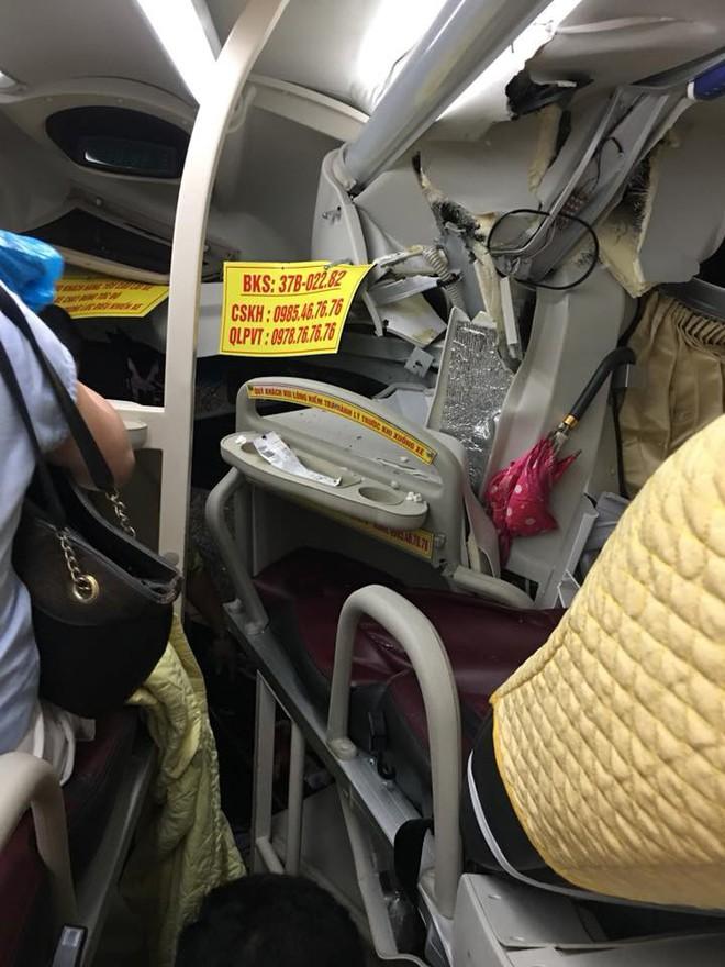 Xe chở khách du lịch bị tông nát đầu: Pha thoát hiểm không tưởng và đêm trắng ở Nghệ An - Ảnh 4.