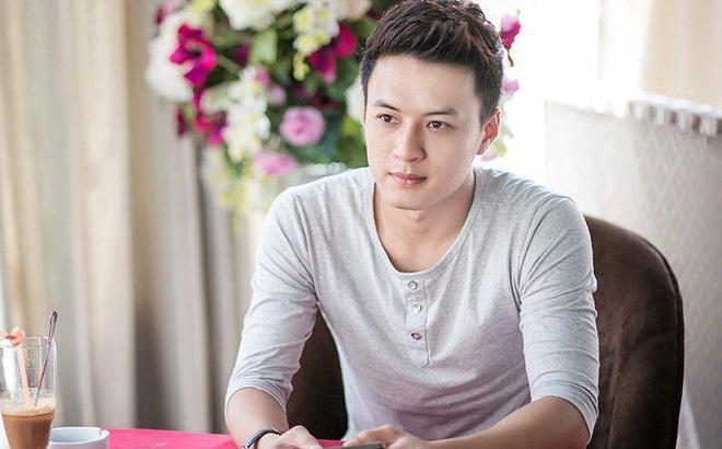 """Hồng Đăng bất ngờ lên tiếng mong """"công chúng dang rộng vòng tay"""" với Phạm Anh Khoa"""
