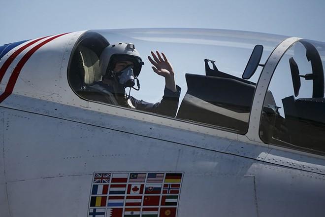 Mãn nhãn màn biểu diễn trên không của máy bay chiến đấu Nga - ảnh 11