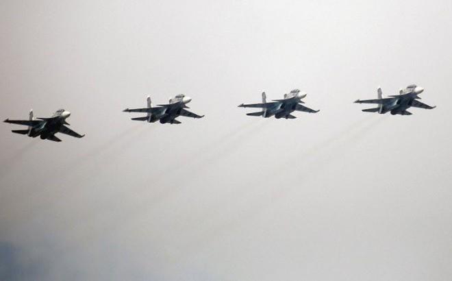 Su-30SM Hải quân Nga đột ngột có mặt ở Khmeimim: Sẵn sàng hủy diệt tàu sân bay Mỹ?