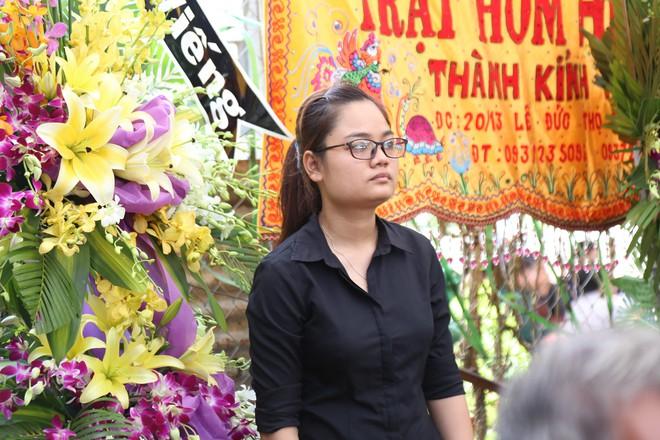Mẹ hiệp sĩ bị đâm tử vong ở Sài Gòn: Con tôi ngã xuống vì thành phố bình yên - Ảnh 3.