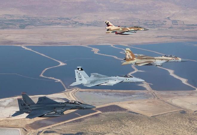 Iran đi nước cờ khôn ngoan: Đấu một mất một còn với Israel ngay ở Syria? - Ảnh 1.