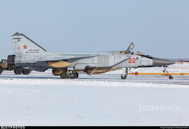 """Sức mạnh đáng gờm của siêu tiêm kích """"ma tốc độ"""" MiG-31BM - Ảnh 5."""