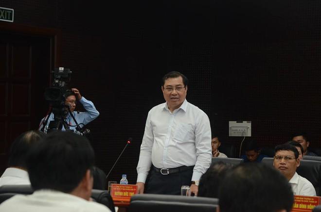 Chủ tịch Đà Nẵng Huỳnh Đức Thơ: Phát hiện 2 quyết định giao đất ven biển cho công ty ma - Ảnh 1.