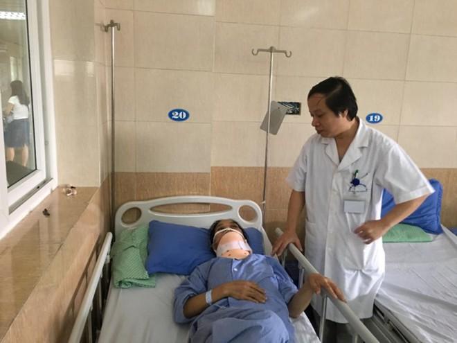 Trưởng khoa Ung bướu BV Tai Mũi Họng TƯ: Triệu chứng sớm của K tuyến giáp cần lưu ý - Ảnh 1.