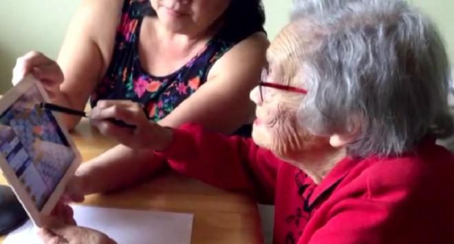 Bà lão 90 tuổi được cứu sống một cách kỳ diệu cũng nhờ nghiện chơi trò xếp chữ - Ảnh 1.